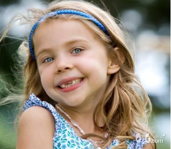 儿童牙齿黑色污垢