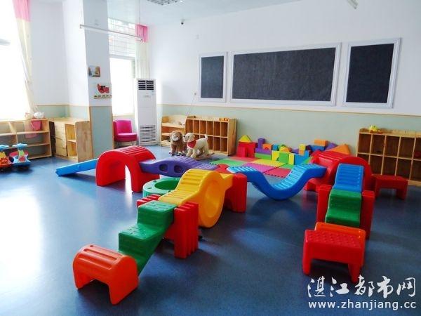 小脚印(国际)幼儿园